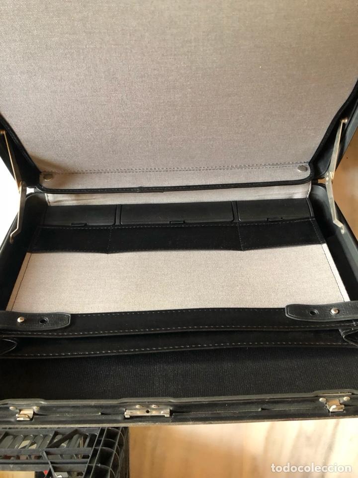 Antigüedades: Lote de 2 maletines antiguos, uno de ellos samsonite - Foto 5 - 228474585