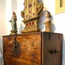 Antigüedades: BARGUEÑO PAPELERA. S.XVIII-XIX. 84X50X37CMS.. Lote 228504357