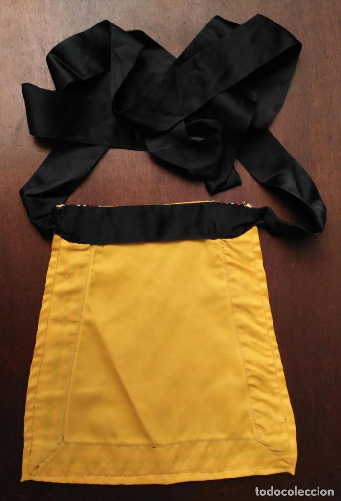 Antigüedades: VD 46 Pequeño delantal amarillo y negro complemento para teatro, disfraz, traje regional... - Foto 3 - 228652300