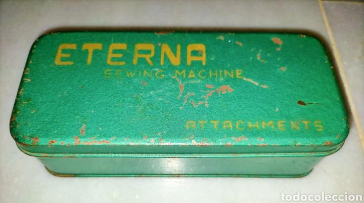 Antigüedades: Caja SEWING MACHINE - Foto 12 - 228662840