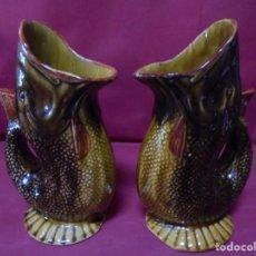 Antigüedades: MAGNIFICA ANTIGUA PAREJA DE JARRONES DE CERAMICA. Lote 228703150