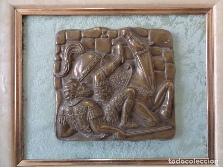 Antigüedades: ¡¡ CABALLERO MEDIAVAL , CAIDA DEL CABALLO. PLACA. !! - Foto 5 - 228730775