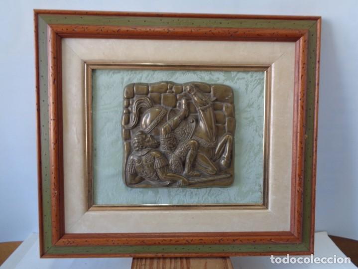 Antigüedades: ¡¡ CABALLERO MEDIAVAL , CAIDA DEL CABALLO. PLACA. !! - Foto 6 - 228730775