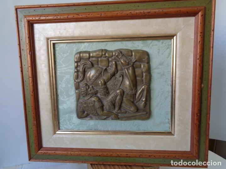 Antigüedades: ¡¡ CABALLERO MEDIAVAL , CAIDA DEL CABALLO. PLACA. !! - Foto 7 - 228730775