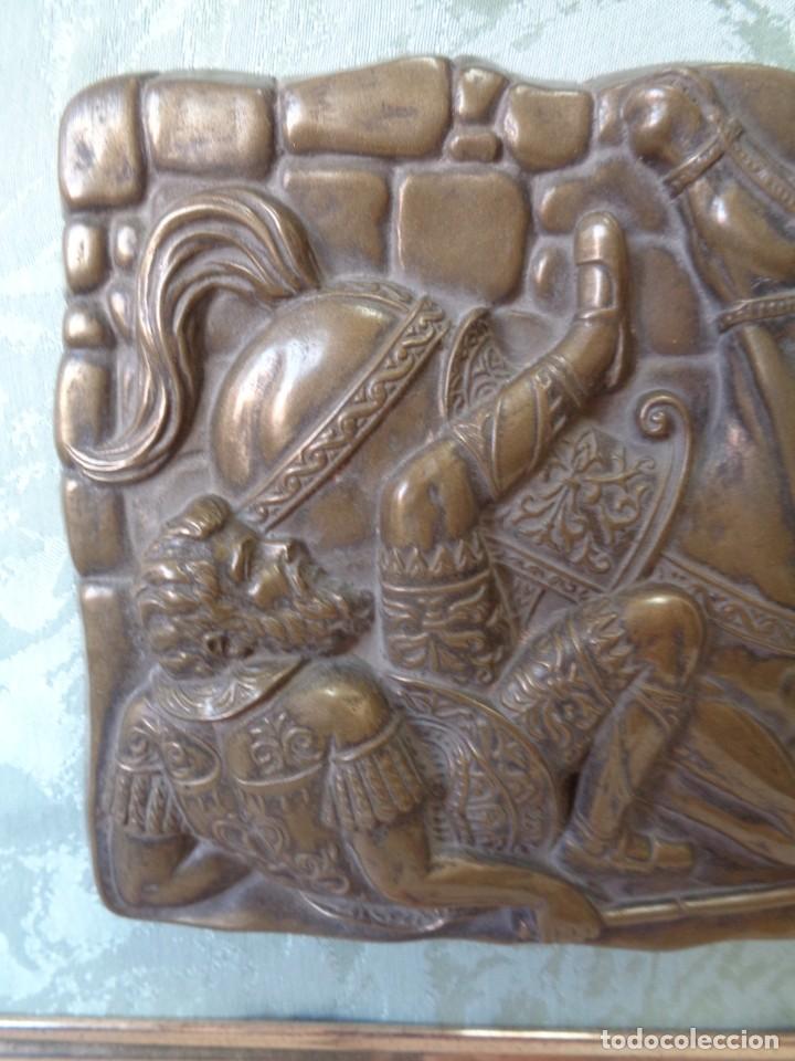 Antigüedades: ¡¡ CABALLERO MEDIAVAL , CAIDA DEL CABALLO. PLACA. !! - Foto 10 - 228730775