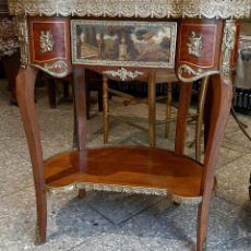 Antiquités: ANTIGUA MESA AUXILIAR TIPO RIÑON , CON CAJON CON PINTURA AL OLEO , SIGLO XIX. Lote 228808585