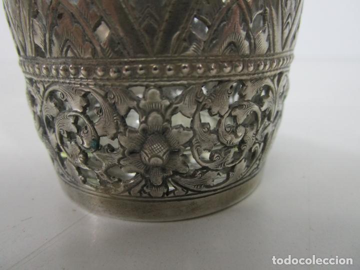Antigüedades: Bonito Vaso de Cristal - Plata de Ley Cincelada - Foto 5 - 228847385