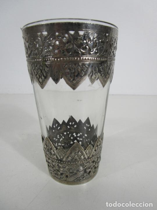 Antigüedades: Bonito Vaso de Cristal - Plata de Ley Cincelada - Foto 6 - 228847385
