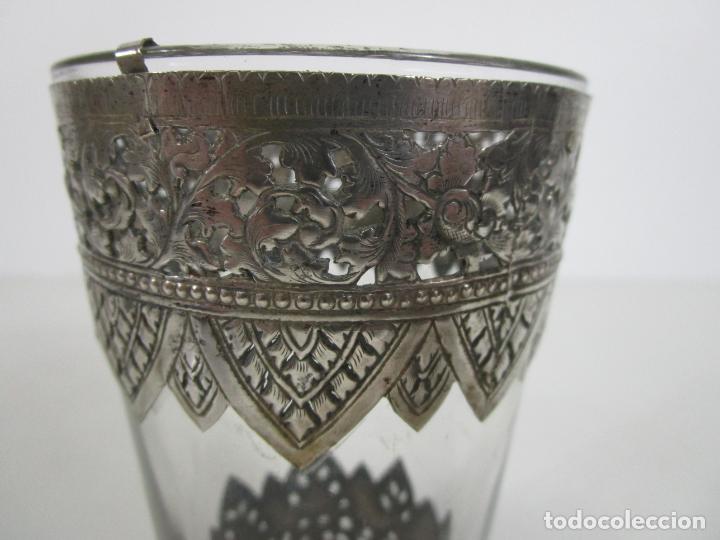 Antigüedades: Bonito Vaso de Cristal - Plata de Ley Cincelada - Foto 7 - 228847385
