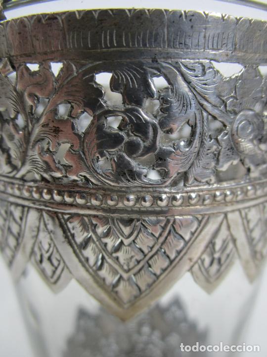 Antigüedades: Bonito Vaso de Cristal - Plata de Ley Cincelada - Foto 8 - 228847385