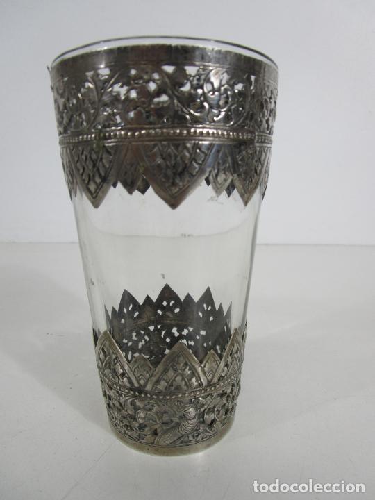 Antigüedades: Bonito Vaso de Cristal - Plata de Ley Cincelada - Foto 12 - 228847385