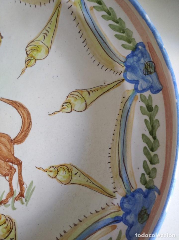 Antigüedades: Ribesalbes, rotundo plato Siglo XIX serie figuras , 35 cm de diámetro - Foto 4 - 229018500