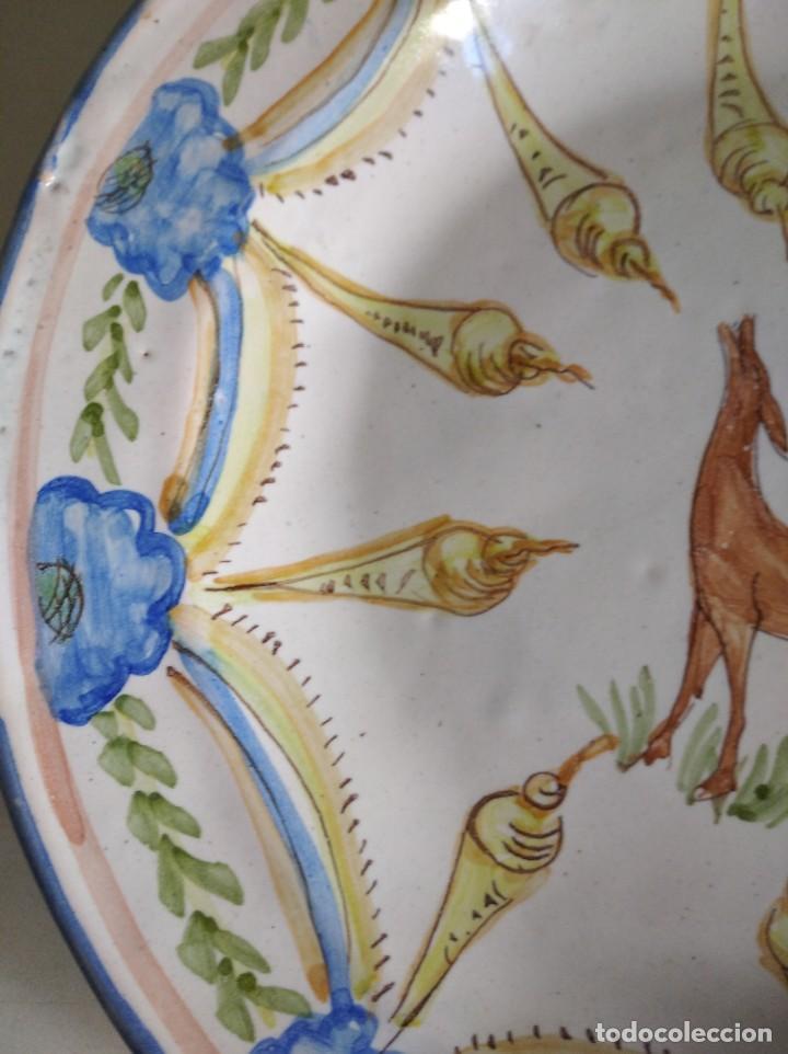 Antigüedades: Ribesalbes, rotundo plato Siglo XIX serie figuras , 35 cm de diámetro - Foto 5 - 229018500