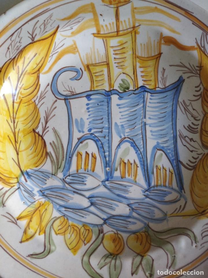 Antigüedades: Ribesalbes, rotundo plato Siglo XIX serie Arquitectura , 35 cm de diámetro - Foto 2 - 229019200