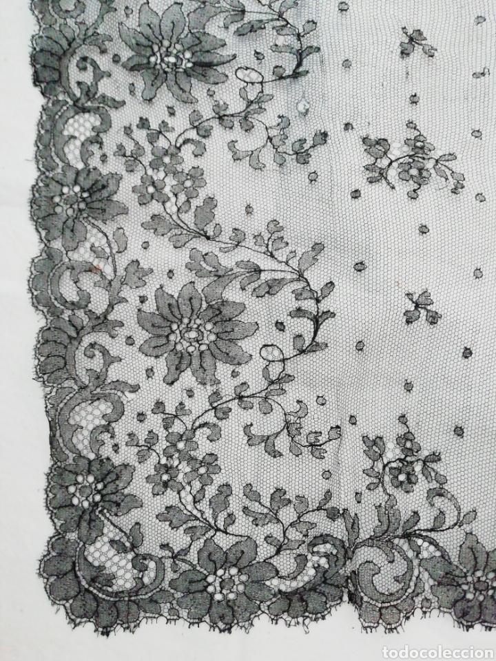Antigüedades: Mantilla encaje de Chantilly - Foto 2 - 229047410