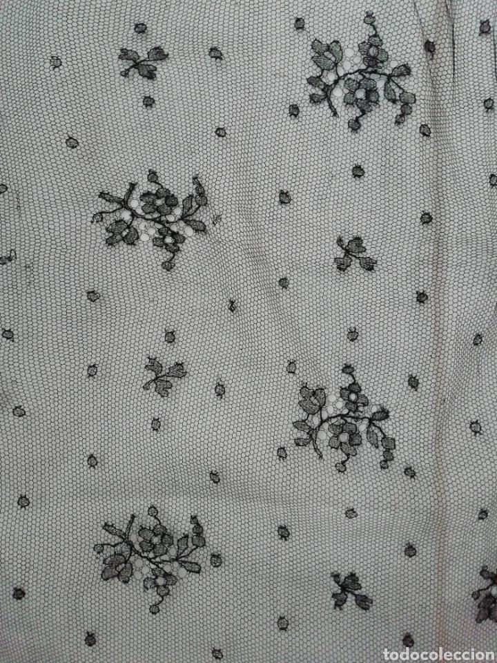 Antigüedades: Mantilla encaje de Chantilly - Foto 3 - 229047410