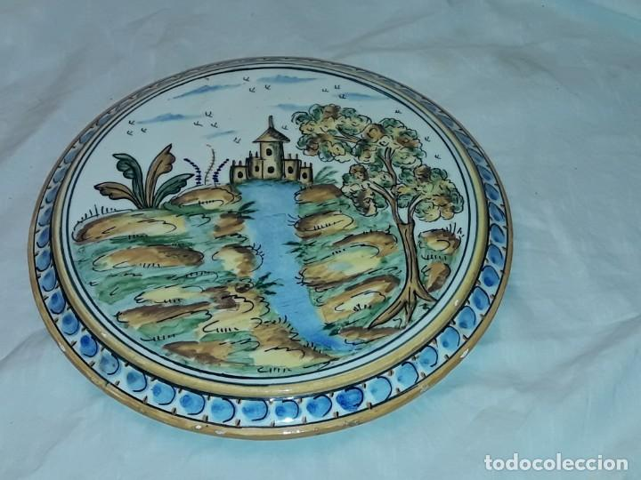 Antigüedades: Precioso salvamanteles de cerámica 24,50cm - Foto 2 - 229070380
