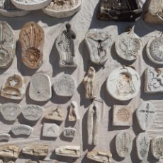 Antigüedades: MOLDES ESCAYOLA. PARA ORFEBRERÍA. SEMANA SANTA. IGLESIA. SANTO. VIRGEN. Lote 229123225