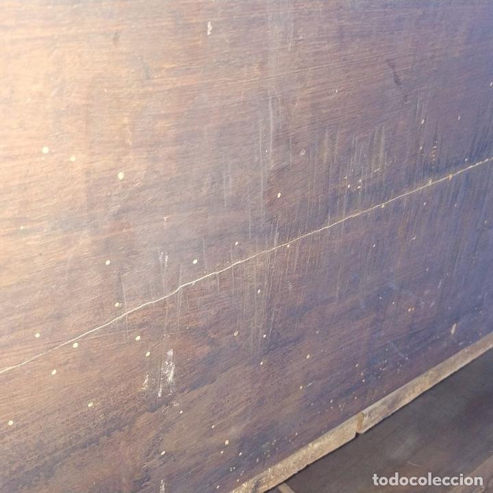 Antigüedades: ARCA DE NOVIO. NOGAL.INCRUSTACIONES DE BOJ. MONASTERIO DE SANTES CREUS(?). ESPAÑA. XVII-XVIII - Foto 13 - 229185480