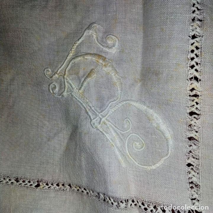 Antigüedades: GRAN MANTEL EN LINO 236X168 CM. CON DECORACIÓN FIL-TIRÉ. ESPAÑA. SIGLO XIX-XX - Foto 20 - 229192875