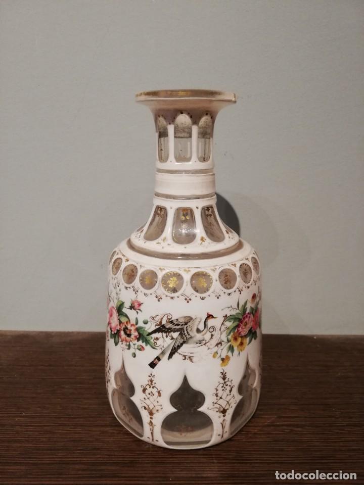 Antigüedades: INTERESANTE BOTELLA DE CRISTAL OVERLAY DE BOHEMIA S. XIX - Foto 5 - 229241910