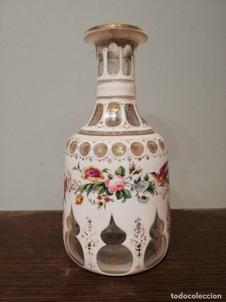 Antigüedades: INTERESANTE BOTELLA DE CRISTAL OVERLAY DE BOHEMIA S. XIX - Foto 9 - 229241910