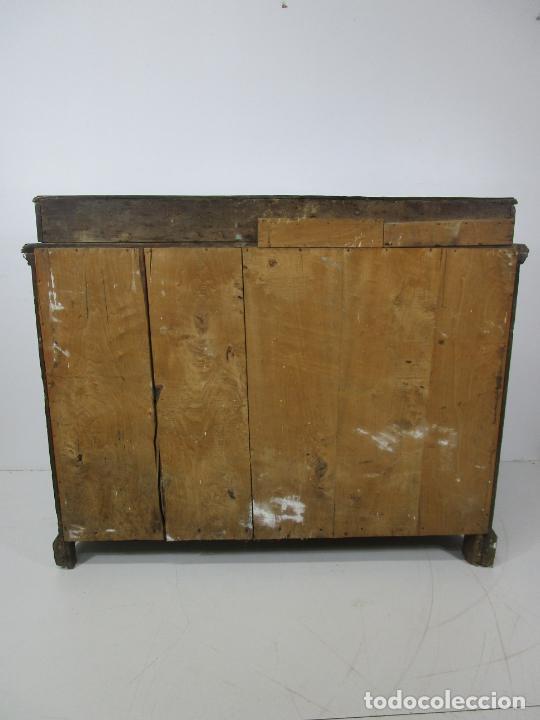 Antigüedades: Cómoda Catalana - Madera de Nogal y Marquetería - Tiradores de Bronce Originales - S. XVIII - Foto 35 - 229370360