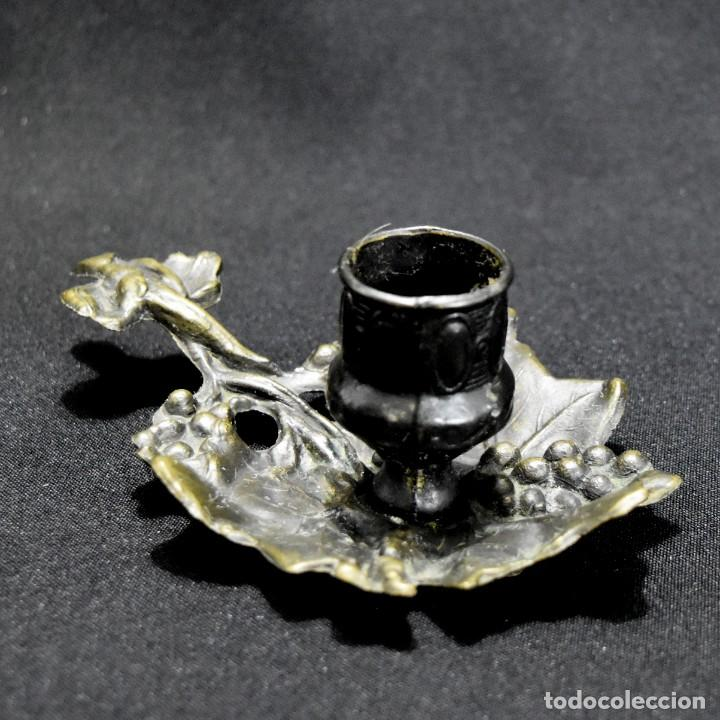 Antigüedades: Bella palmatoria decorada con delicado trabajo - Foto 8 - 229511210