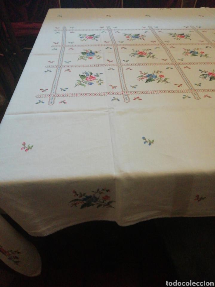 Antigüedades: Mantelería de hilo bordada a mano - Foto 3 - 229524220