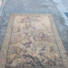 Antigüedades: ANTIGUO TAPIZ EL AGARRE. Lote 229486570