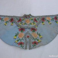Antigüedades: ANTIGUA Y PRECIOSA CAPA BORDADA PARA NIÑO DE CAP Y POTA IMAGEN VESTIDERA. Lote 229592990
