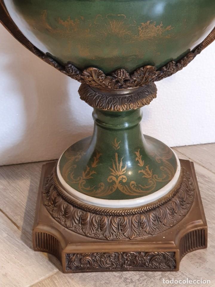Antigüedades: GRAN MACETERO DE PORCELANA CON SELLO - Foto 5 - 229639390