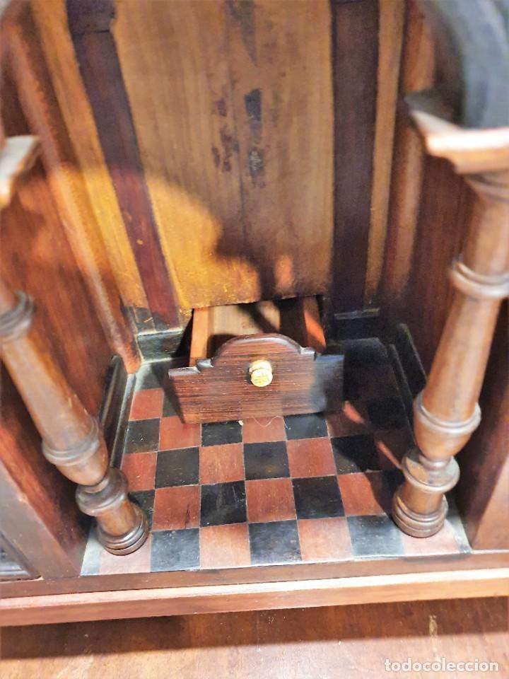 Antigüedades: ANTIGUO BARGUEÑO CON MESA - Foto 4 - 229640975