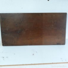 Antiguidades: ANTIGUO TABLERO DE UNA MESA,EN UNA PIEZA MUY PESADO.88 X 44 X 2,5 CM. Lote 229654915