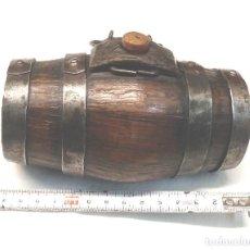 Antigüedades: TONEL BARRILET PARA PERRO PASTOR 1/2 LITRO ARTE PASTORIL, BUEN ESTADO. MED 14 CM. Lote 229661760