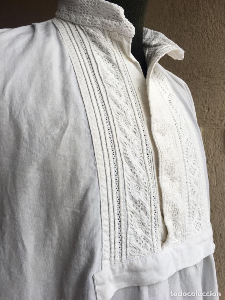 Antigüedades: Camisa de hombre de indumentaria tradicional - Cuello mao - Foto 2 - 229667345