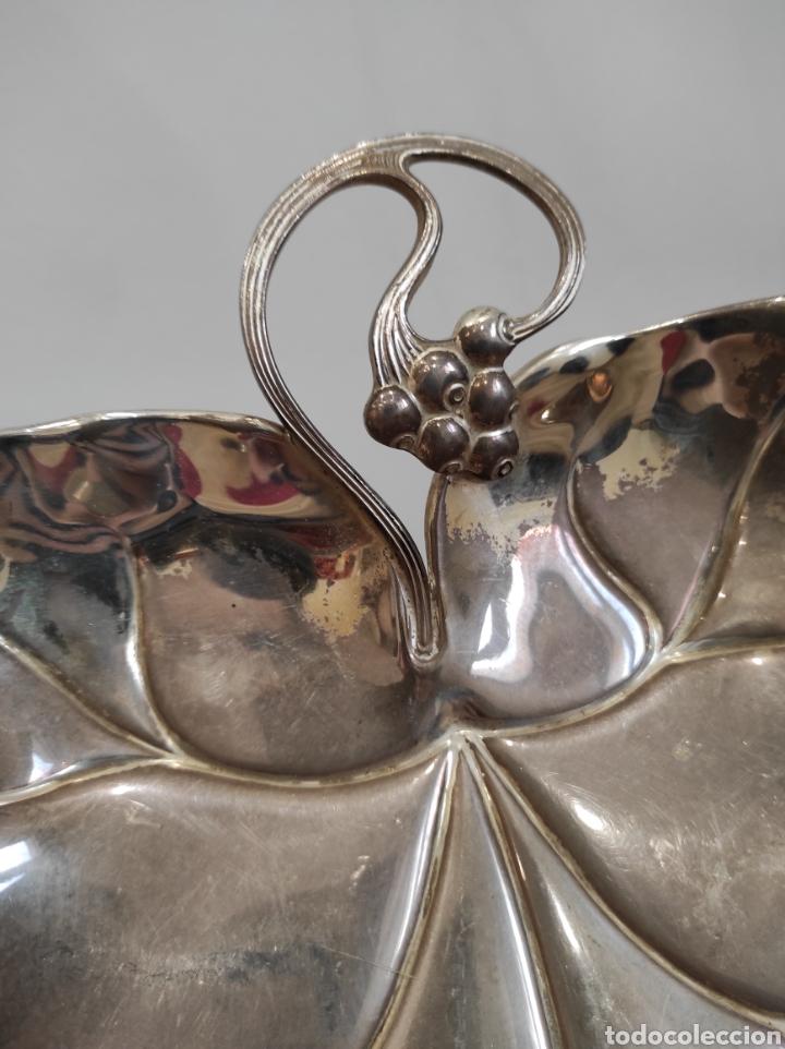 Antigüedades: Antigua bandeja con forma de hoja, baño de plata. Con cuños wmf ep brass germany - Foto 3 - 229716040