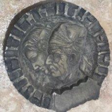 Antigüedades: DECORACION EMPERADOR FALLEROS CORTE REYES CATOLICOS ESPAÑA HOGAR HISTORIA PIEDRA. Lote 229775870