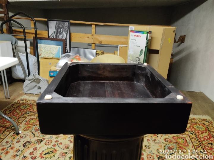 Antigüedades: Pareja de peanas de madera lacada - Foto 4 - 205514642