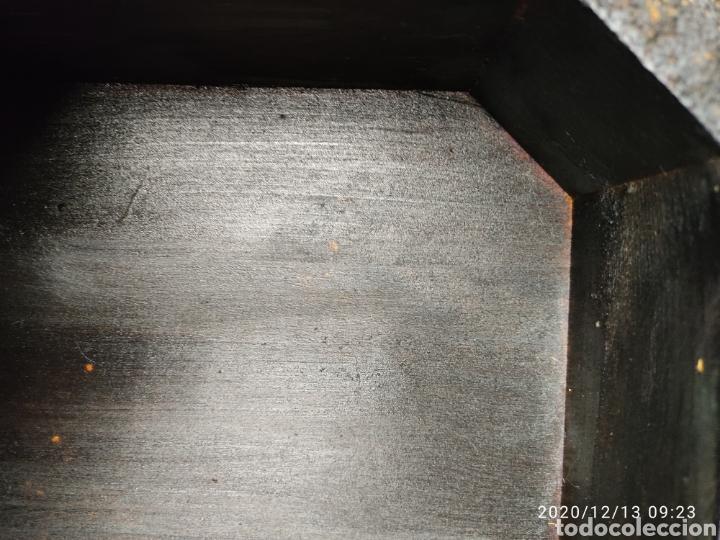 Antigüedades: Pareja de peanas de madera lacada - Foto 5 - 205514642