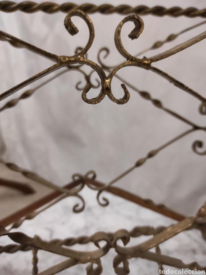 Antigüedades: Revistero en hierro forjado - Foto 3 - 229862815