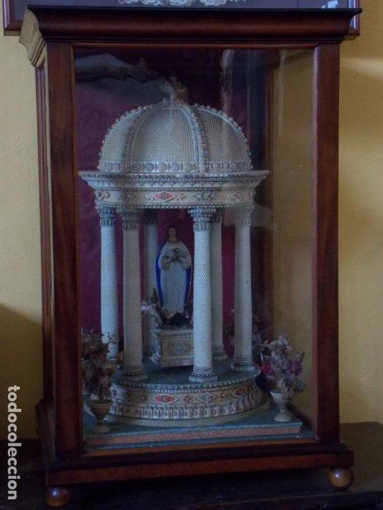 VITRINA MALLORQUINA (Antigüedades - Religiosas - Artículos Religiosos para Liturgias Antiguas)