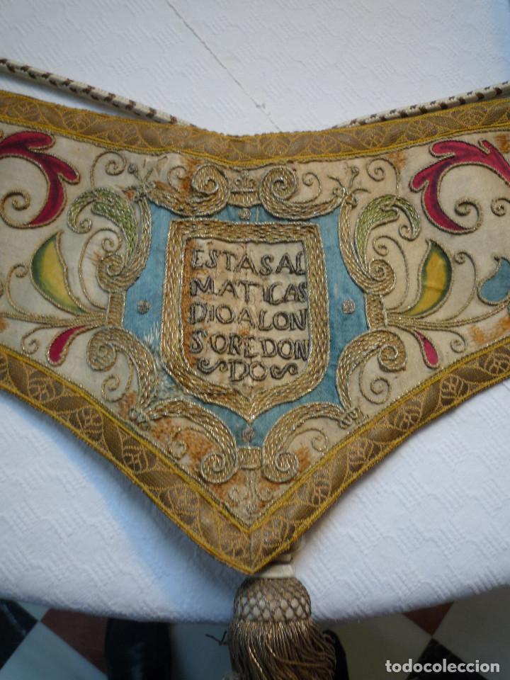 ALZACUELLO PARA ORNAMENTO SACERDOTAL (Antigüedades - Religiosas - Dalmáticas Antiguas)