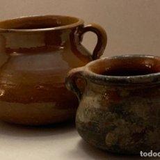 Antigüedades: PAR PUCHEROS (TUPINES) JUGUETE. Lote 230062940