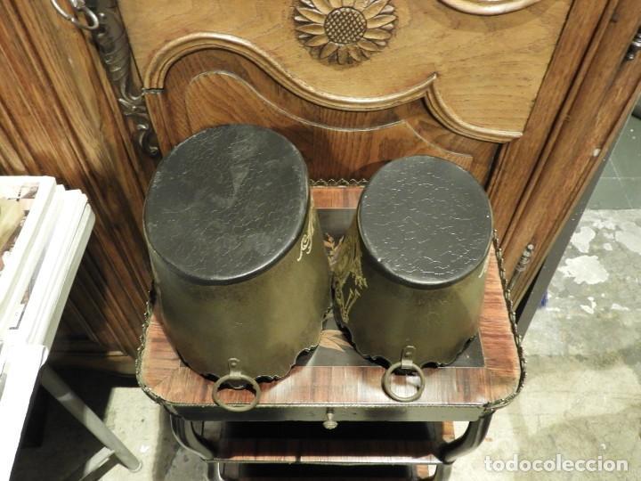 Antigüedades: PAREJA DE MACETEROS O RECIPIENTES DE METAL CON ADORNOS IMPERIO - Foto 10 - 230094160