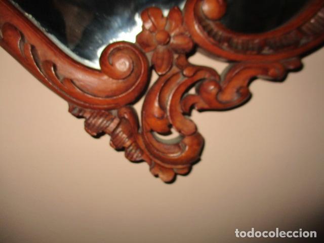 Antigüedades: Antiguo Espejo - Cornucopia - Madera Tallada. 108 x 69 cm - Foto 6 - 230160430