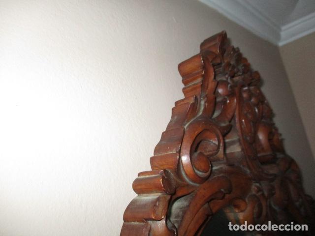 Antigüedades: Antiguo Espejo - Cornucopia - Madera Tallada. 108 x 69 cm - Foto 9 - 230160430