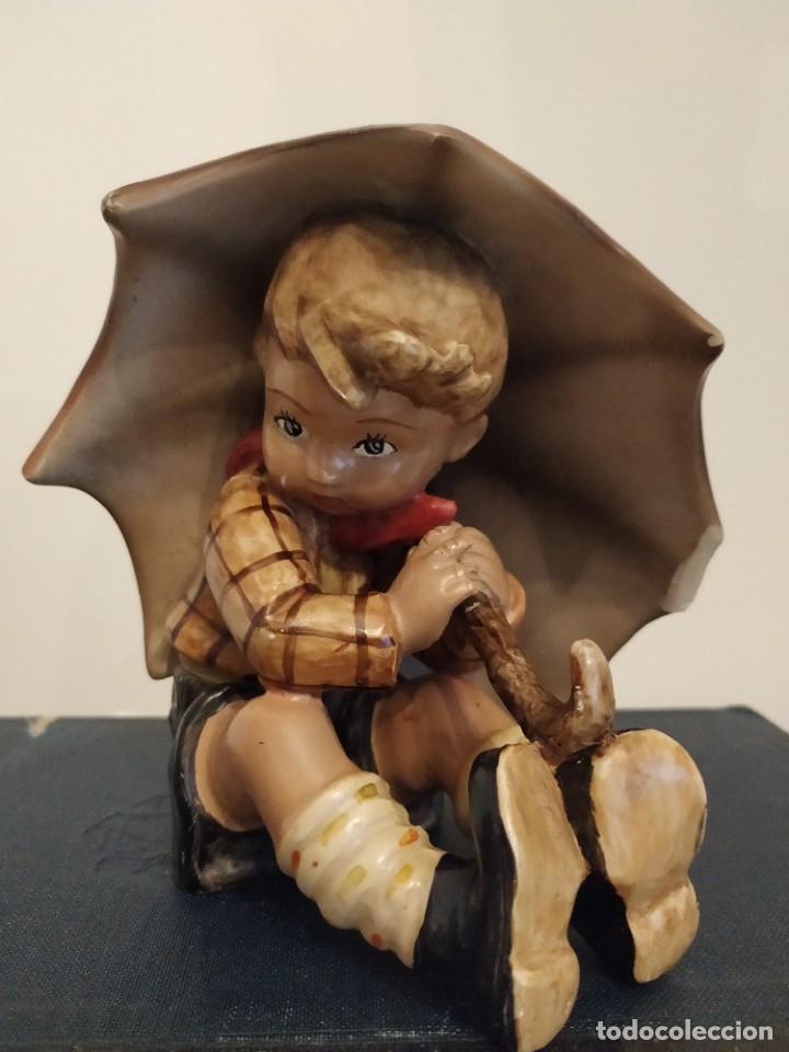 Antigüedades: NIÑO PARAGUAS HUMMEL GOEBEL?? UMBRELLA BOY - Foto 2 - 230185020