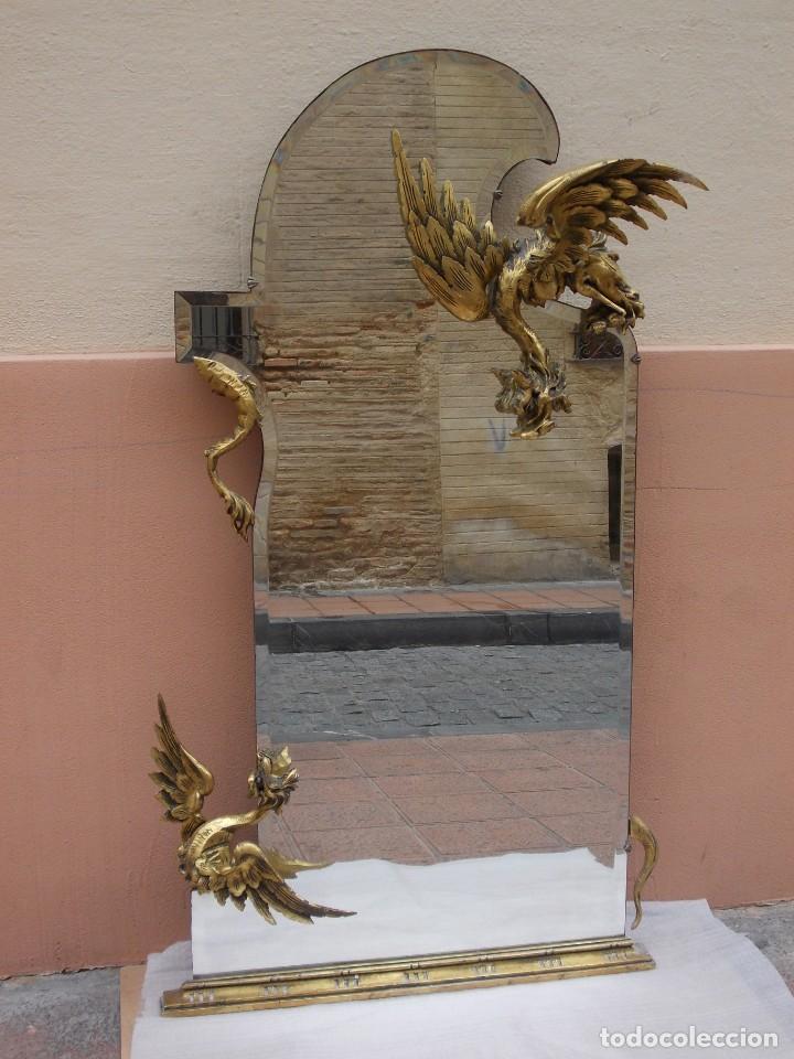 IMPRESIONANTE ESPEJO DRAGONES DRAC MODERNISTA TALLA MADERA PAN DE ORO ART NOUVEAU (Antigüedades - Muebles Antiguos - Espejos Antiguos)
