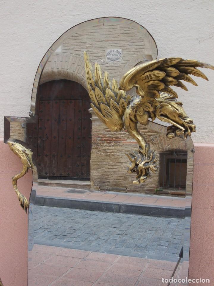 Antigüedades: IMPRESIONANTE ESPEJO DRAGONES DRAC MODERNISTA TALLA MADERA PAN DE ORO ART NOUVEAU - Foto 3 - 230335050